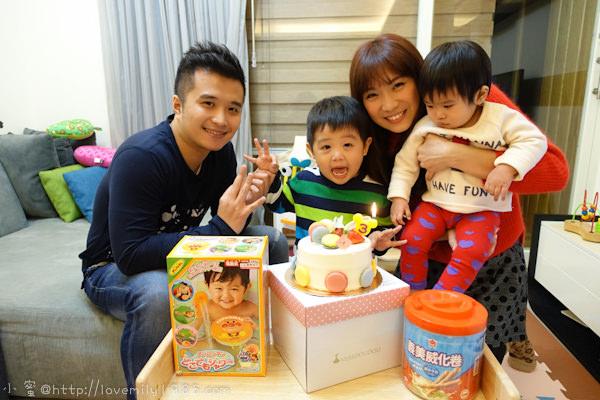 【生日特輯】胖nana三歲囉!轉眼間變成一個小大人了
