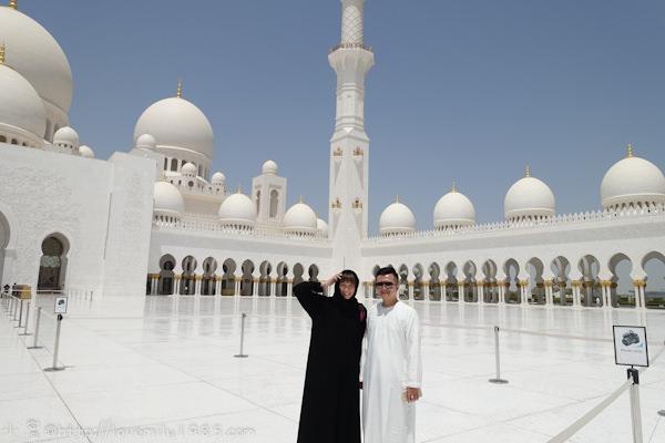 杜拜+義大利。夢想之旅 Day4-1 阿布達比 【謝赫扎耶德大清真寺Sheikh Zayed Grand Mosque】→遊車河【阿酋皇宮。玩命關頭7車不會飛大樓】→阿酋民俗村U.A.E Heritage Village