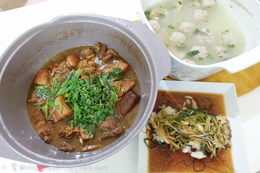【廚房菜鳥。第一次煮飯就上手】滷肉(滷豆乾、花甘啥鬼的)、極簡單蒸魚、貢丸雞湯~超詳細圖文食譜,一家人四大兩小的晚餐