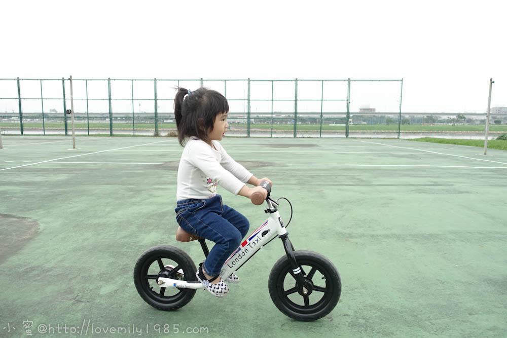 【兒物揪個團】千挑萬選選中來自英國的時尚平衡車London Taxi KickBike/Pushbike