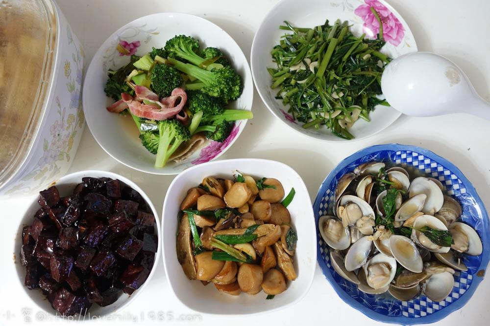 【廚房菜鳥。第一次煮飯就上手】無水滷豆干.三杯杏包菇.塔香蛤蠣~菜鳥自學食譜+實做+一道失敗料理XD