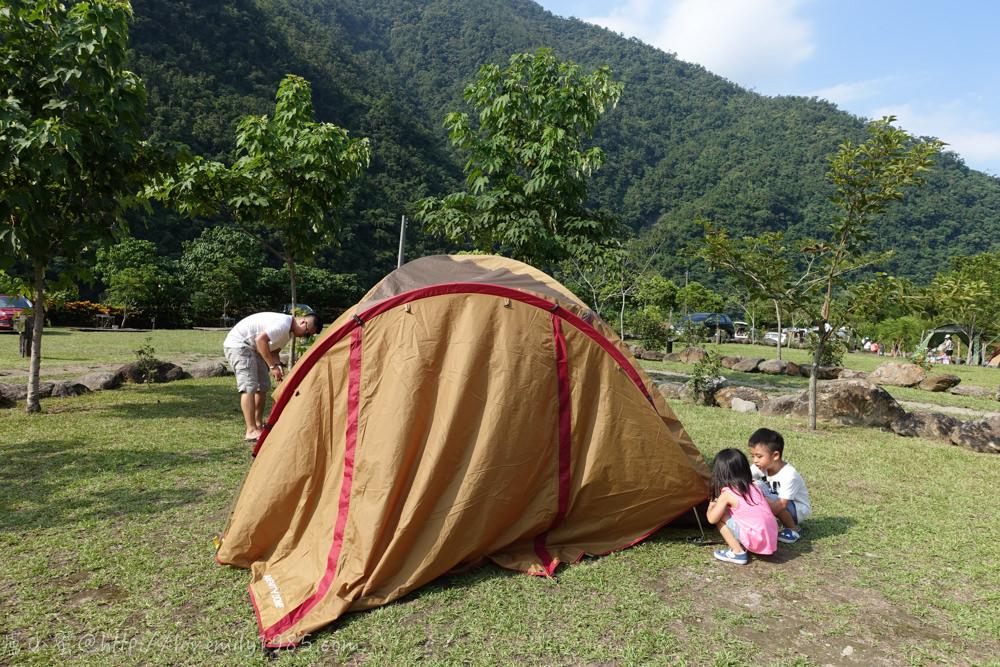 【露營】完全自食其力的第二露,南澳那山那谷營地  Day1  搭帳組、煮飯組、玩樂組….好想當小孩啊!