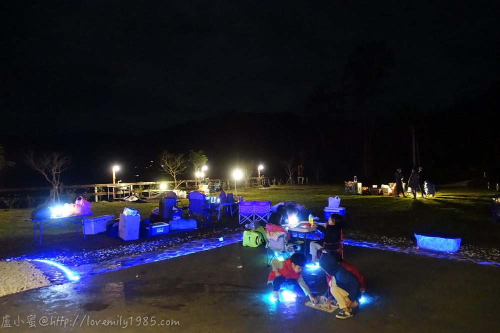 【露營】有點上手的第四露。新竹尖石鄉怡然自德營地 Day1 夜衝上山,好陡的坡啊~好像雲霄飛車