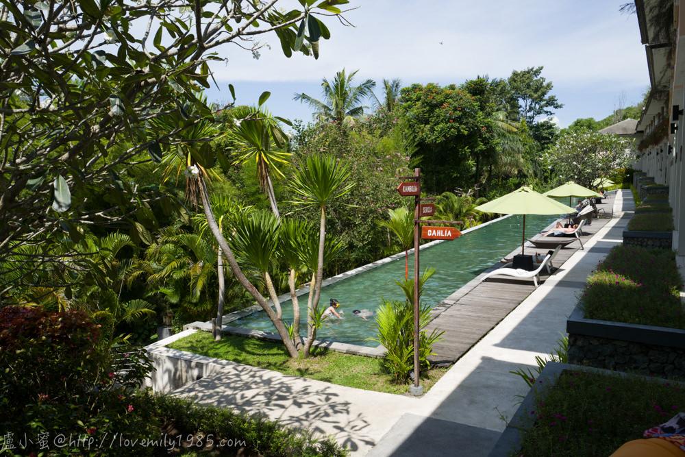【印尼。龍目島。推薦住宿】Kebun Villas & Resort。CP值挺高的雙泳池靜謐小飯店,位於Senggigi(聖吉吉)五星級飯店區