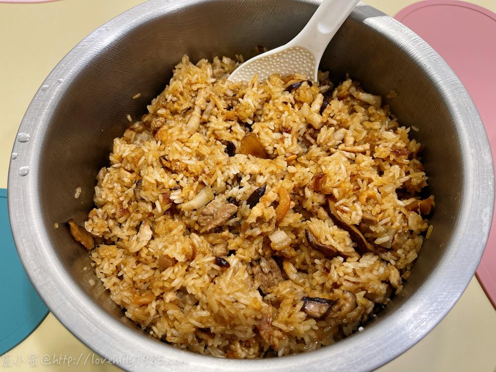 【廚房菜鳥。第一次煮飯就上手】遊子必學,「台式油飯」!免泡糯米、用電鍋蒸出超簡單台灣味,食譜+實作