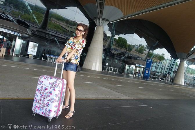 【出遊必逛】寵愛自己indulgence一網搞定出遊必需品!特色行李箱。無敵收納系列。家庭護照本