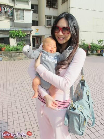 【媽寶】娘親也要很飛遜-看不出是媽媽包的媽媽包