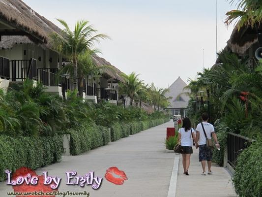 尾牙。馬來西亞。棕梠島 Day3-1 觀光【國家英雄紀念碑。國會大廈】→買土產