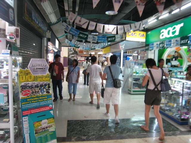 泰國瘋狂潑水節過生日超嗨 Day5 曼谷